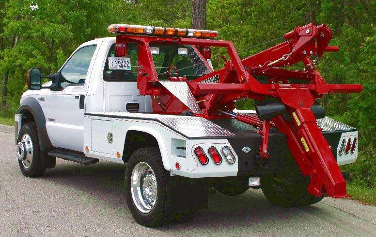 Professional & Affordable Towing - Call (424) 234-5749